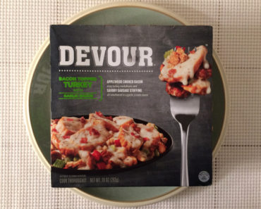 Devour Bacon Topped Turkey with Garlic Sauce