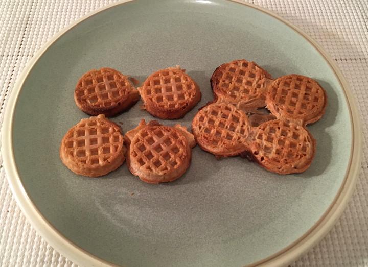 365 Everyday Value Apple Cinnamon Mini Waffles
