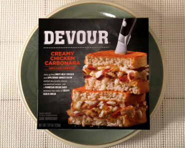 Devour Creamy Chicken Carbonara Grilled Cheese