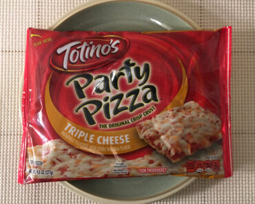 Totino's Triple Cheese Party Pizza Review