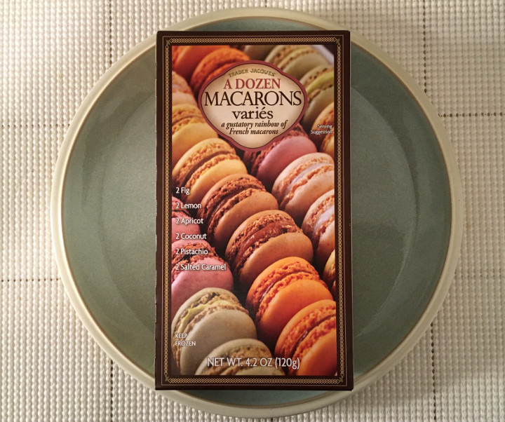 Trader Joe's A Dozen Macarons Variés
