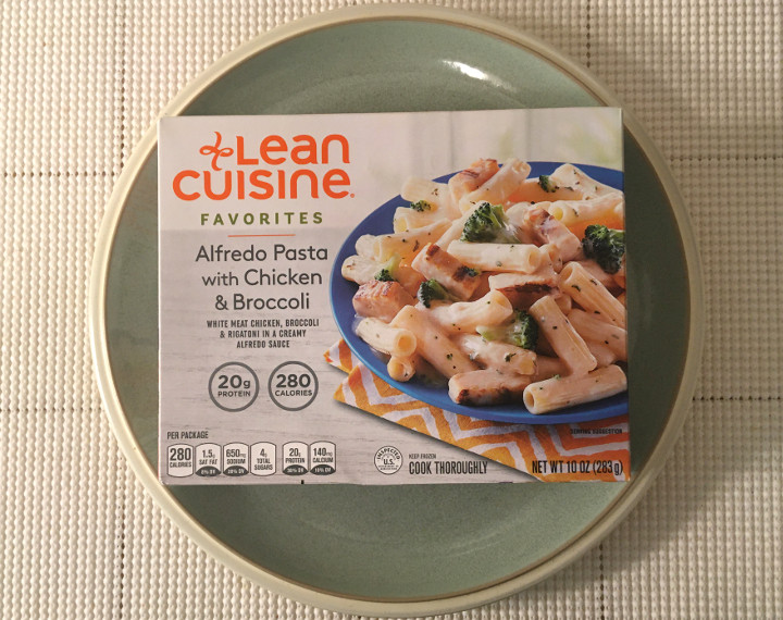 Lean Cuisine Favorites Alfredo Pasta with Chicken & Broccoli