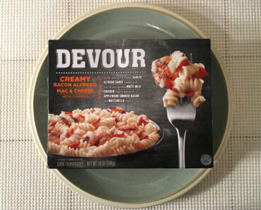 Devour Creamy Bacon Alfredo Mac & Cheese with Chicken