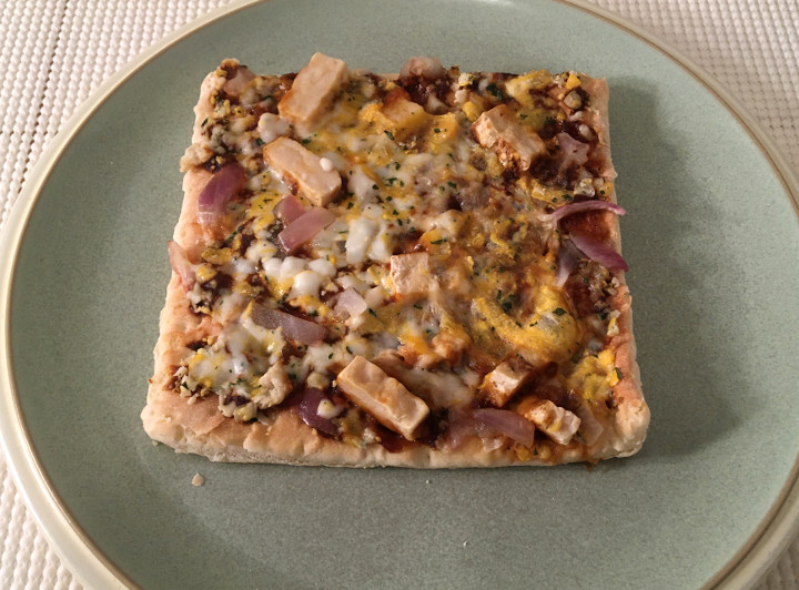 Lean Cuisine Features Thin Crust BBQ Recipe Chicken Pizza