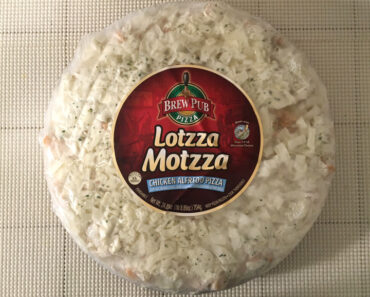 Lotzza Motzza Chicken Alfredo Pizza