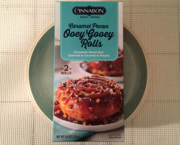 Cinnabon Caramel Pecan Ooey-Gooey Buns