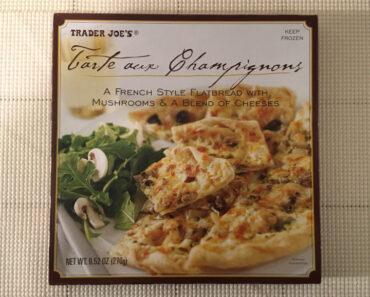 Trader Joe's Tarte aux Champignons Flatbread Pizza