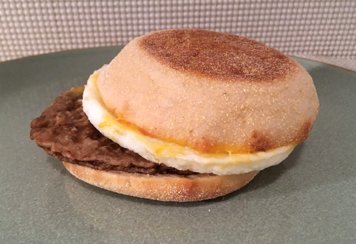 Jimmy Dean Applewood Smoke Chicken Sausage Patty, Egg Whites, Sharp American Cheese Sandwiches on English Muffin